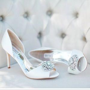 🆕Badgley Mischka Dana White Satin Bridal Pumps